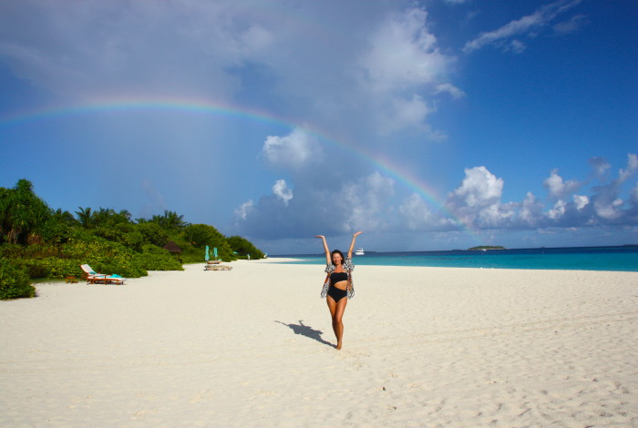 juliet angus, maldives, four seaseons landaa giraavaru, stella mccartney, rainbow