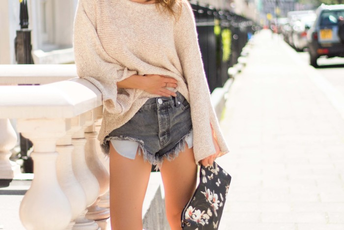 summer sweaters, saint laurent mocassins, saint laurent fringe, one teaspoon cutoffs, givenchy magnolia, rayban wayfarer