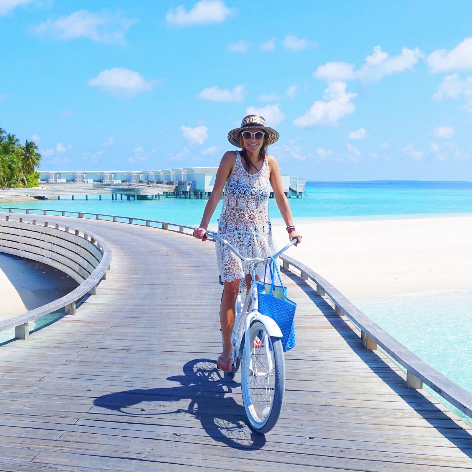 amilla fushi, beachcafeuk, pilyq,