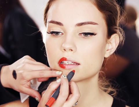 Nars red lipstick pencil