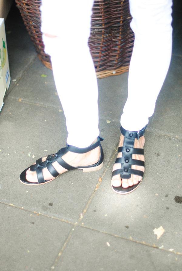 Juliet-Angus-Ladies-of-London-White-White-2